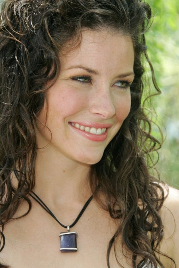 Evangeline Lilly Answered Questions From Fans