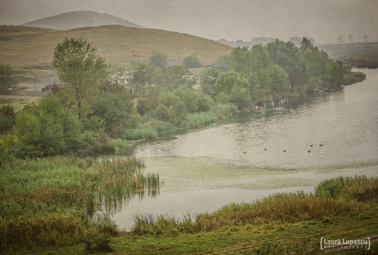 The lake at Dinogetia