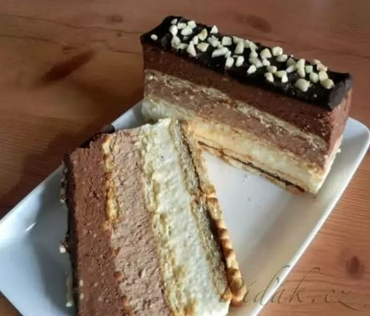 Čokoládová trojka *** Recept zde : http://www.pidak.cz/recept-cokoladova-trojka-nepeceny-chlebicek-a-nejen-to