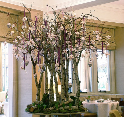 Flowers Decoration For Home: Table Top Arrangement Of Birch Branches And Moss And Dried