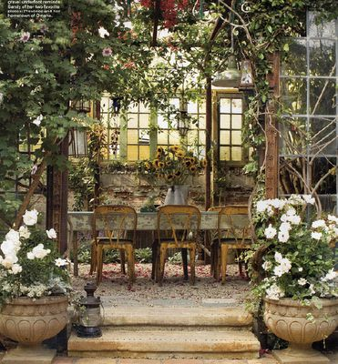 One of my FAVORITES EVER!Dining Area, Secret Gardens, Gardens Patios, Outdoor Kitchens, Eclectic Kitchen, Gardens Spaces, Outdoor Room, Gardens Dining, Outdoor Spaces