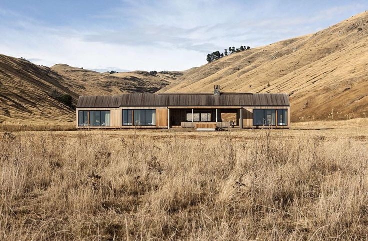 House of the Day: Scrubby Bay House by Patterson Associates  For Andrews final…