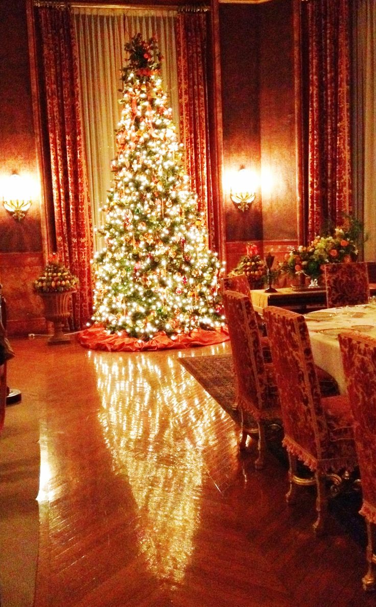 Christmas at biltmore house christmas decorations inside b - The Biltmore Estate Christmas