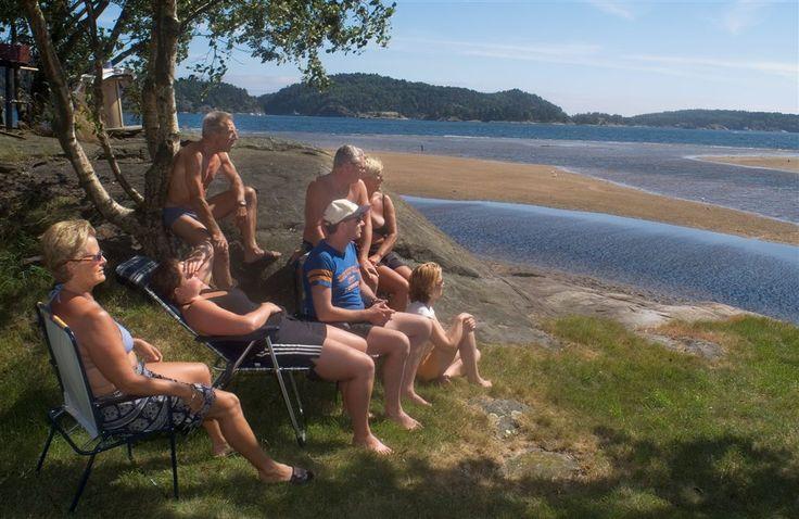 På Tingsaker Familiecamping kan du nyte en rolig sommerferie i vakre omgivelser.