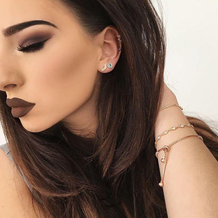I love brown lipstick.