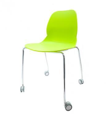 Elegantní plastová židle v zelené barvě na kovových nohách s kolečky.   Pokud toužíte po nadčasovém interiéru, jsou pro Vás plastové křesílka to pravé. Velmi oblíbený design 50. let příjemně oživí Váš domov a navíc už nebudete chtít sedět na ničem jiném.  Tyto křesíkla můžete kombinovat s ostatními židlemi v různých barvách. Jsou vhodné jak k jídelnímu stolu tak například ke čtení nebo do chodby, kde je bude každý obdivovat.