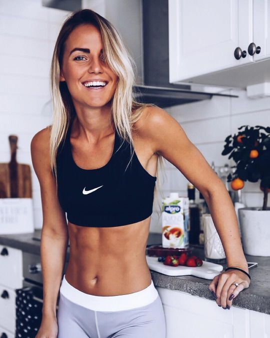 Workout Frauen – Muskeltraining Yoga Fitness Motivation #SexyWoman #Abs #Gym #fi… – Nicole Dekena