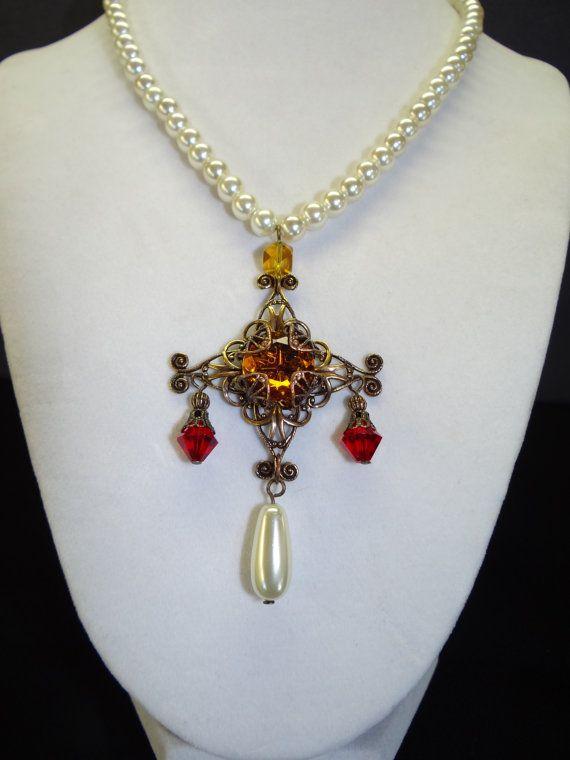 Queen elizabeth i rainbow portrait replica pearl and for Mary queen of scots replica jewelry