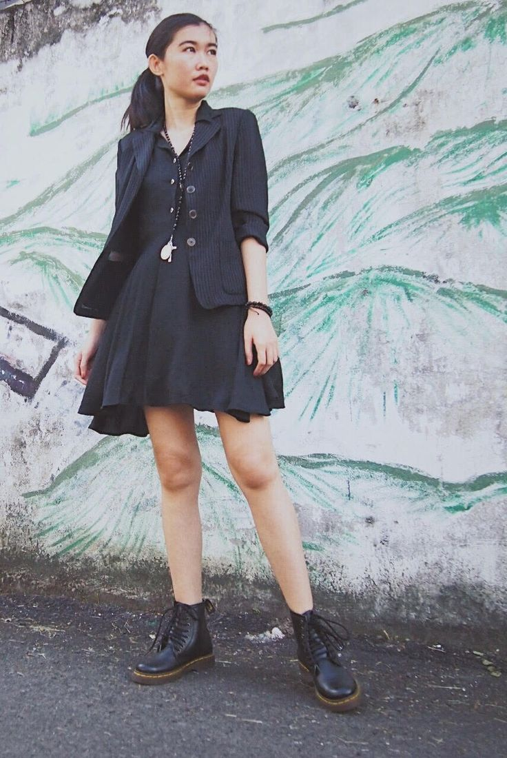 Dress - Borrowed my cousin | Blazer - Vintage | Necklace and Bracelet - Unbranded #fashion #personalstyle