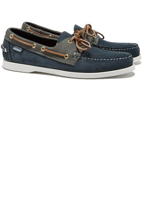 I'm feeling these for fall...with rolled up jeans and a plaid button up.
