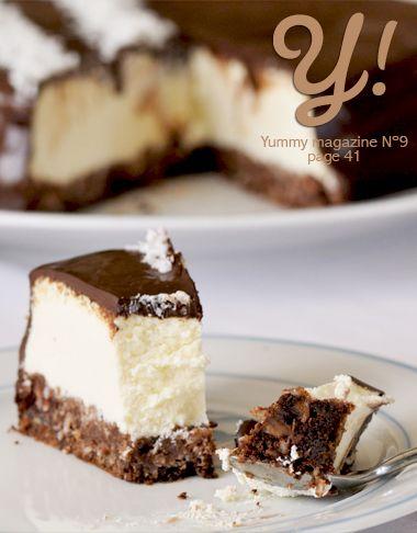 Un Cheesecake comme un Bounty… Le cheesecake à la noix de coco & chocolat de Sunny Délices, page 41 de Yummy Magazine N°9 @valeriemousseau