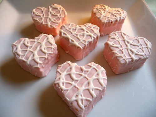 Zebra cakes--my favorite sinful sweet in Valentine form.