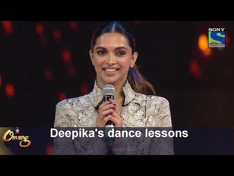 Manish Paul learns some dance moves from Deepika - Umang 2016 - YouTube