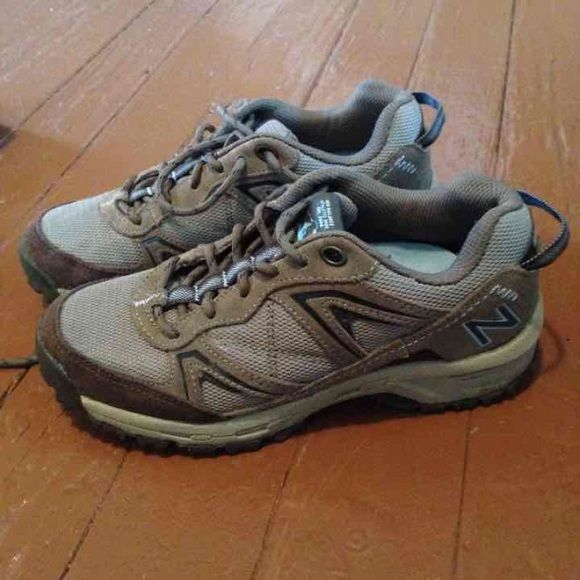 New balance trail walking shoes Women's walking shoe in great condition. These retail for $80 and have very high reviews online. Model is New Balance 659. New Balance Shoes Sneakers