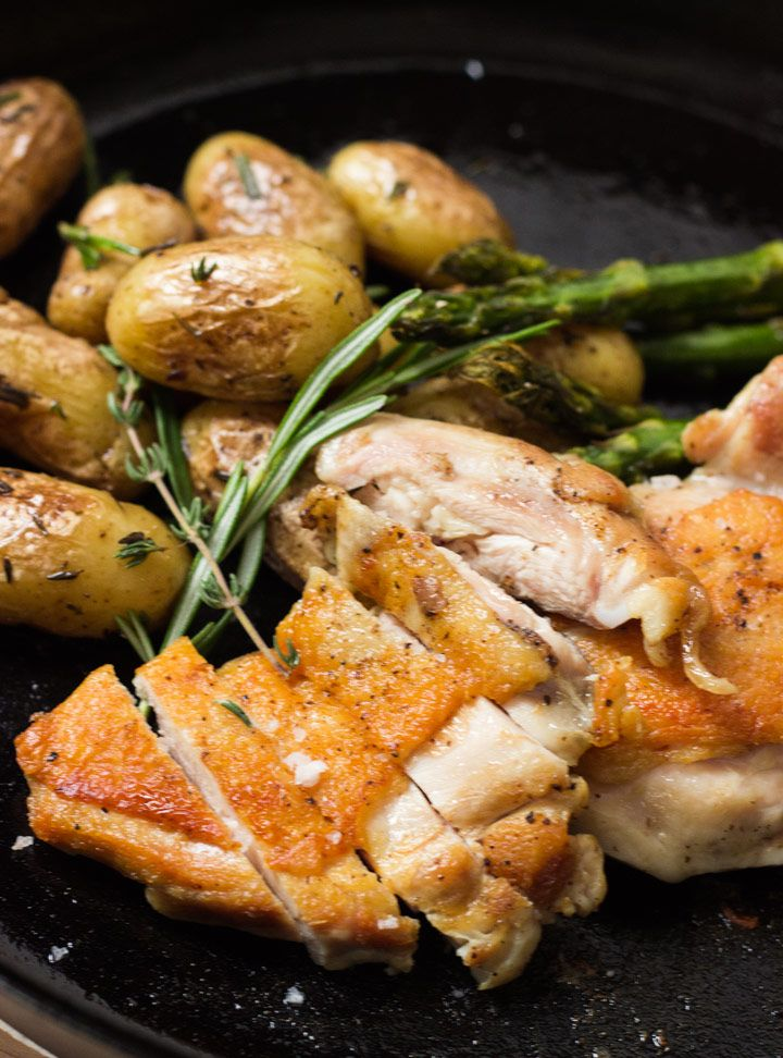 Crispy Sous Vide Chicken Thighs == WOW, NEW WAY TO COOK =