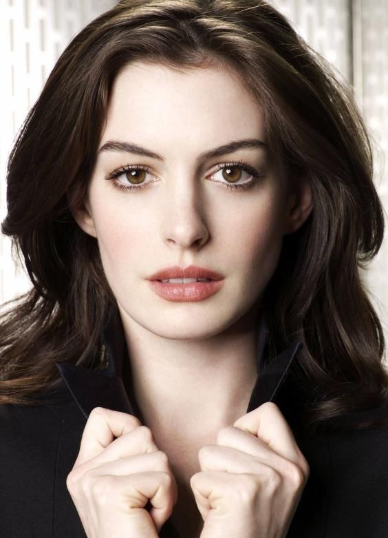 Anne Hathaway.  Good golly, she's gorgeous.