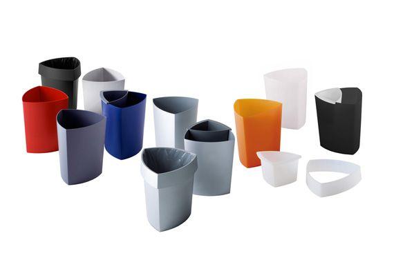 """Papeleros """"Eco"""",  fabricados en policarbonato colores solidos blanco, rojo, negro,  también disponible polipropileno translúcido color naranja."""