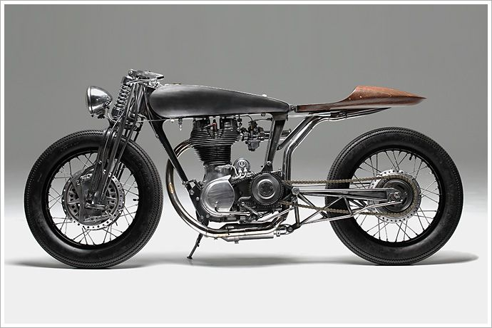 Royal Enfield Bullet 500 - Hazan Motorworks - Pipeburn - Purveyors of Classic Motorcycles, Cafe Racers & Custom motorbikes