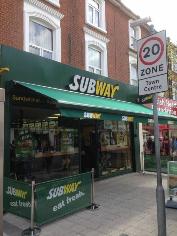 """The Subway on Station Road in Clacton on Sea has had a new awning! This awning is fully cassetted & made to Subway specifications.  The franchisee owner says: """"Thanks Shades of Comfort; I have not seen the awning yet but your pictures have indicated that the work has exceeded my expectations. The crew, who I saw on the cameras, worked very professionally, well done. Please could you thank your Operations Manger, Riccardo."""""""