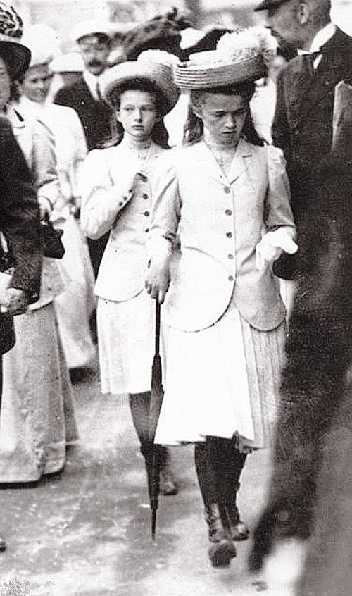 Grand Duchesses Tatiana and Olga of Russia