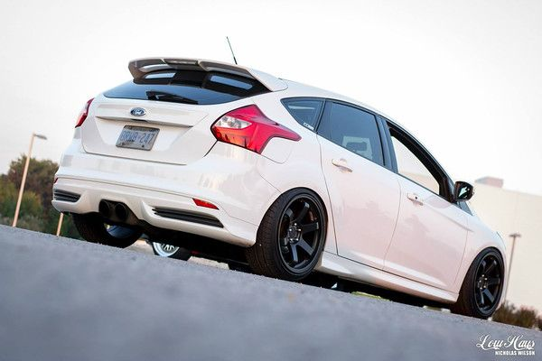 white low ford focus st mk2 big black rims ford focusst tuning pinterest ford focus big black and black rims - 2015 Ford Focus St White