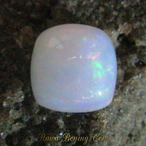 Jual Batu Mulia Natural Opal Asli bentuk Cushion Cut 3.06 carat