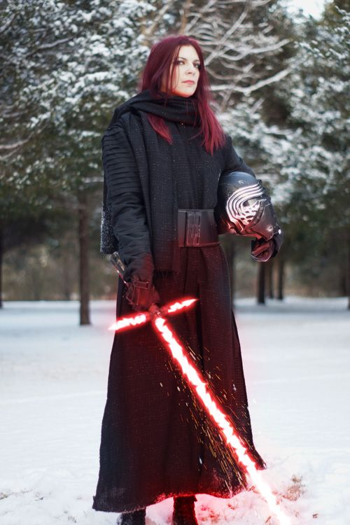 Kylo Ren Cosplay http://geekxgirls.com/article.php?ID=9657