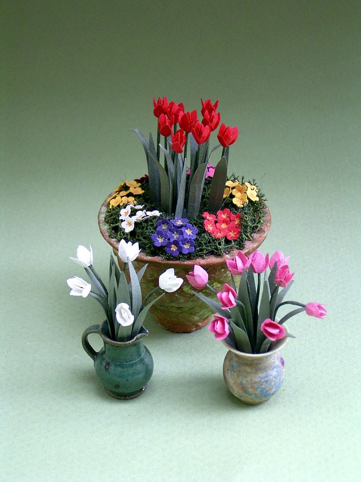 Tulips Paper Flower Kit for 112th scale by TheMiniatureGarden  Miniature flowers and plants