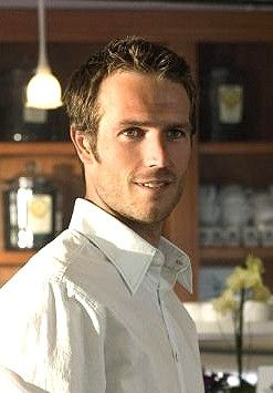 Michael Vartan. I don't think it's fair that men this beautiful can also be French.
