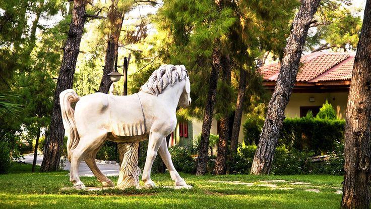 Hem dinlenmeyi hem eğlenmeyi hayal edenler, Grand Yazıcı Club Turban sizin için özenle saklanmış bir cennet.  bit.ly/mngturizm-grand-yazıcı-club-turban  #mngturizmle #erkenrezervasyon #marmaris #yaz #summer #holiday #travel