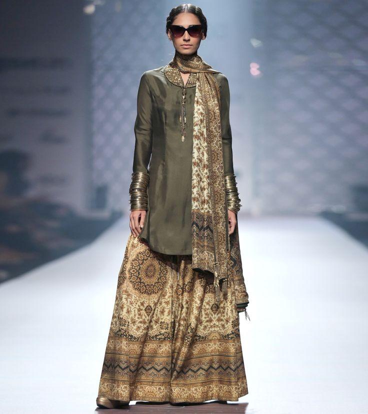 Green Silk Blend Tassels Kurti With Jacket And Crop Top #indianroots #fusionwear #jacket #croptop #silk #partywear