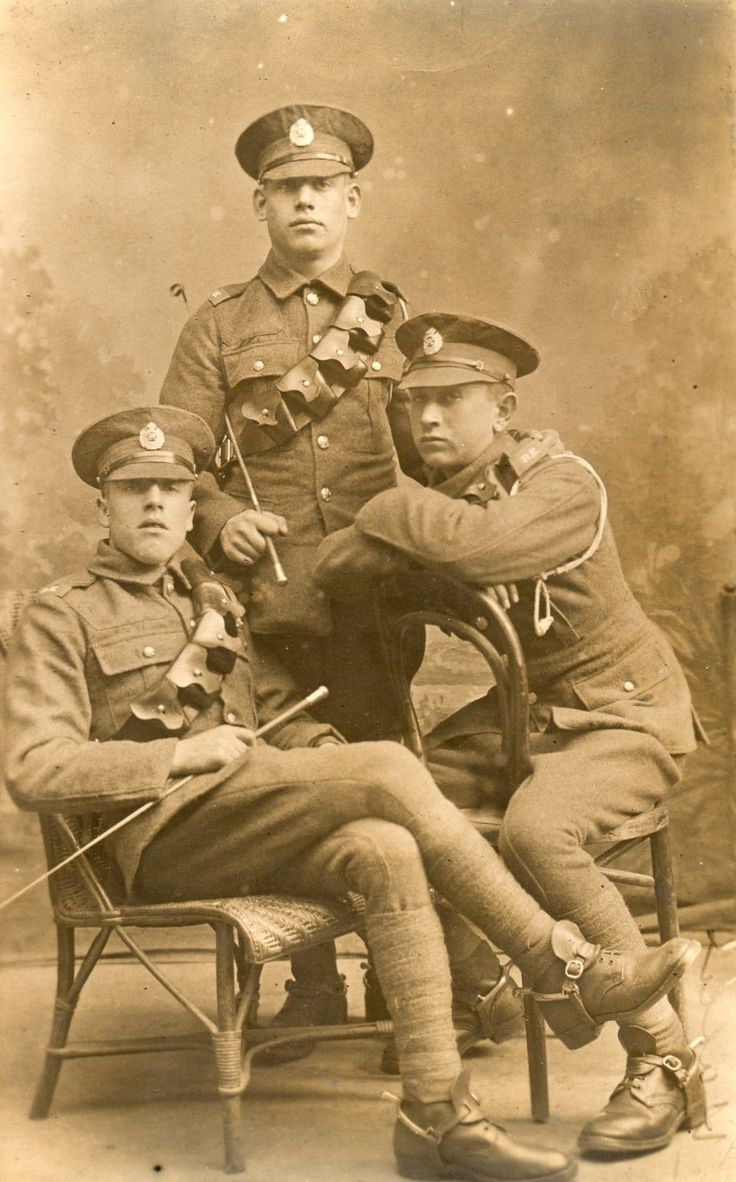 RP Postcard WW1 Royal Engineers Spurs Cloth Shoulder Title ...