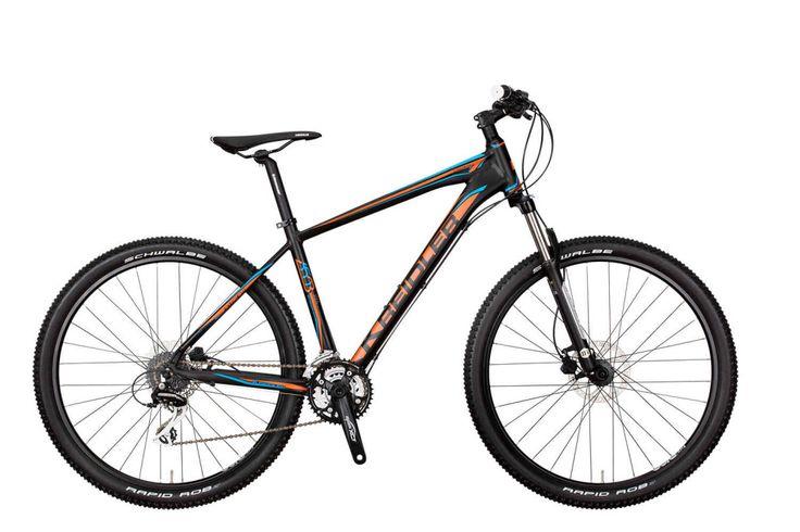 KREIDLER DICE - 7 PROPOZYCJI Z KOŁAMI 650B Aktualna seria rowerów górskich Kreidler Dice jest szeroka i zróżnicowana. Nie brakuje wśród nich modeli z kołami w rozmiarze 27,5 cala (650B), których jest w sumie 7.  Podstawowe wersje są idealne dla osób preferujących rekreacyjną jazdę, a na najwyższych modelach można z powodzeniem startować w wyścigach MTB. Więcej: bit.ly/2cc3bC2