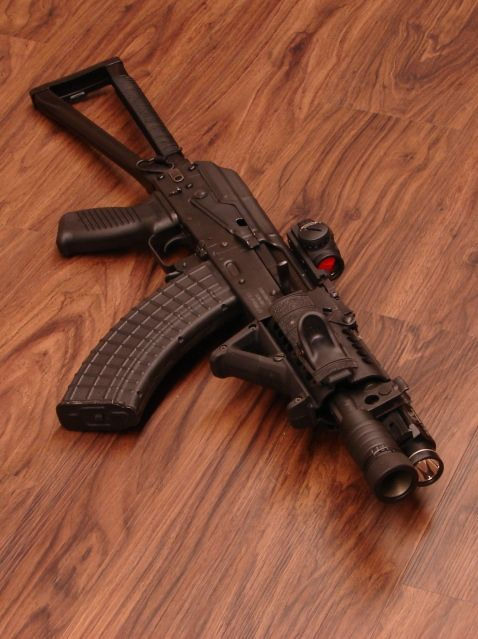 AK-47 SBR with Aimpoint red dot, don't see too many of these in NY or CA!