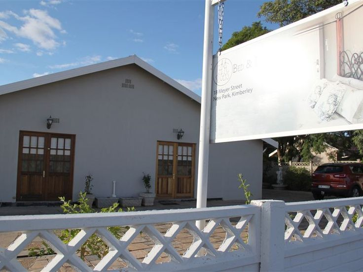 2Sisters Bed and Breakfast - 2Sisters Bed and Breakfast is a small guest house situated in Kimberley, close to the centre of town and the popular tourist attraction known as the Big Hole.  Cape Town and Johannesburg can be reached ... #weekendgetaways #kimberley #diamondfields #southafrica