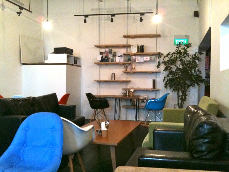 Group Therapy cafe - awesome place to latte & work in Singapore
