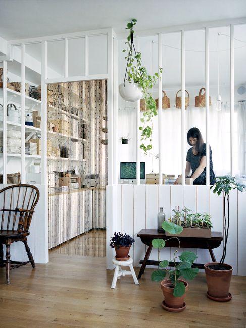 Neëst founder Sandrine Pigeon's apartment in Paris, photo by Romain Ricard pour le ELLE déco Mai 2011