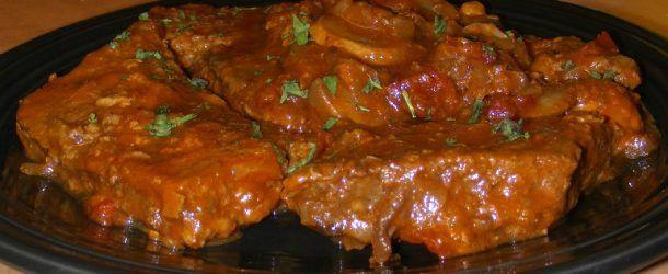 Tastee Recipe » Stupid-Easy Slow Cooker Swiss Steak – It Melts In Your Mouth!