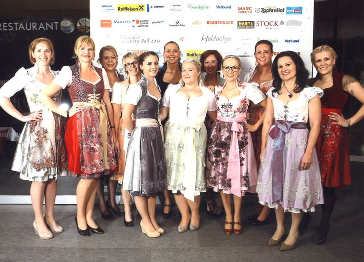 STOCK Ladies beim Zillertaler Charity Ball in Astrid Söll Couture, www.stock.at