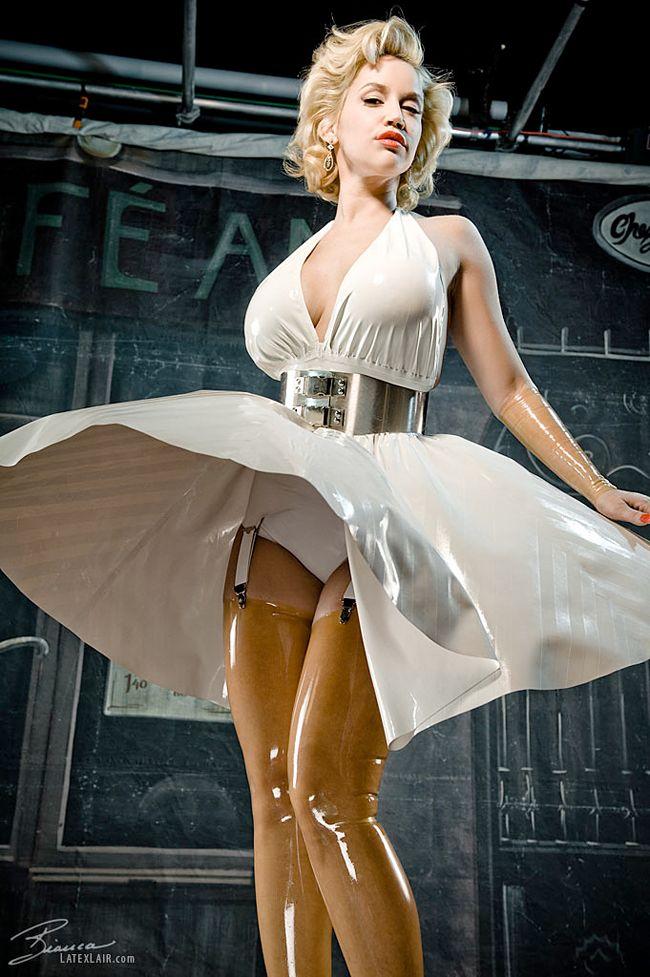 Latexpics Model Bianca Beauchamp  Web  Twitter -1329