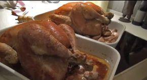 La recette du chef étoilé** pour un poulet rôti moelleux et croustillant. Glissez une noix de beurre à l'intérieur du poulet et enfournez à 200° sur cuisse