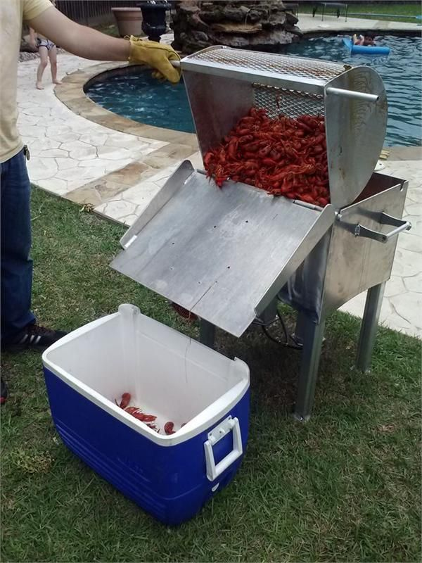 Small holds 1 bag of crawfish!