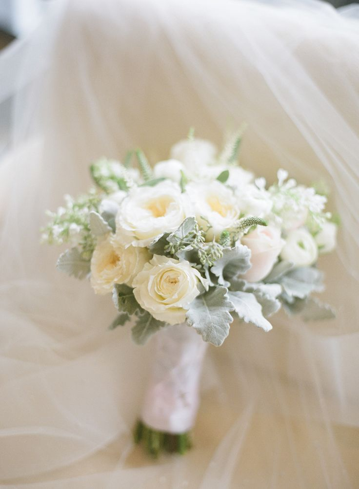Букет, букеты невесты под платье айвори