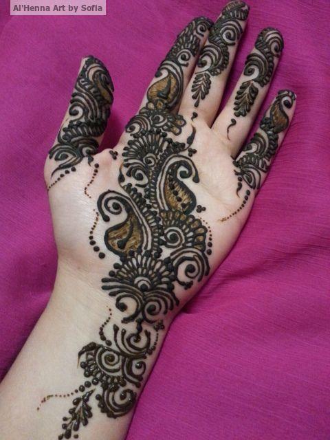 Bridal/Party Henna. www.hennaartbysofia.com