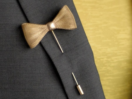 Bow Stickpin