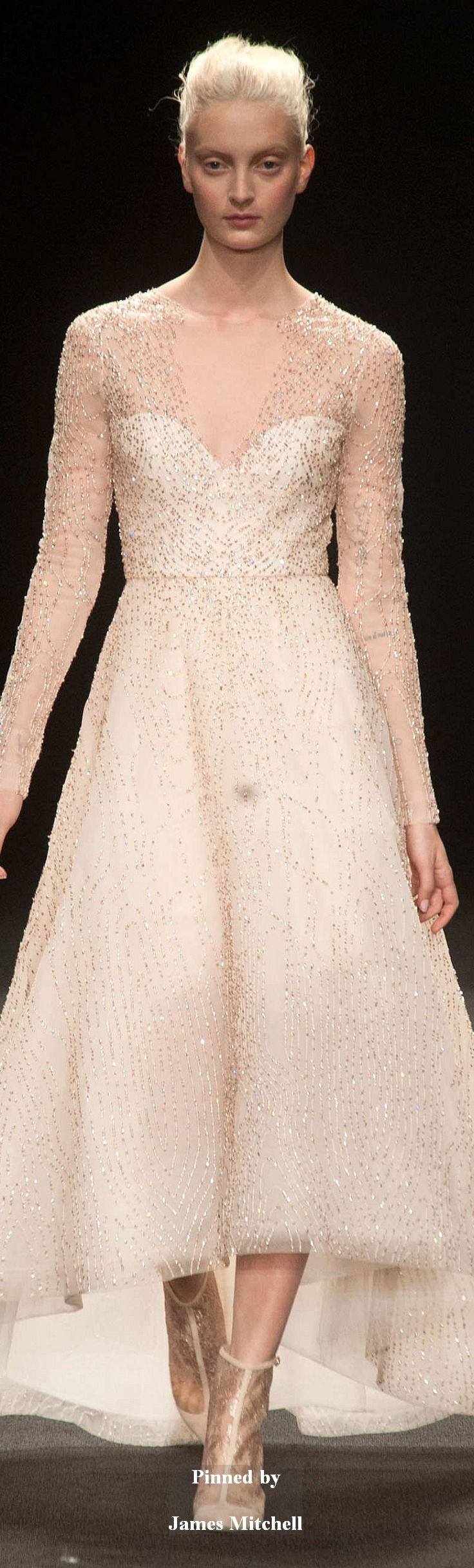 ... auf Pinterest  Brautsammlung, Brautbedarf und Hochzeitskleider