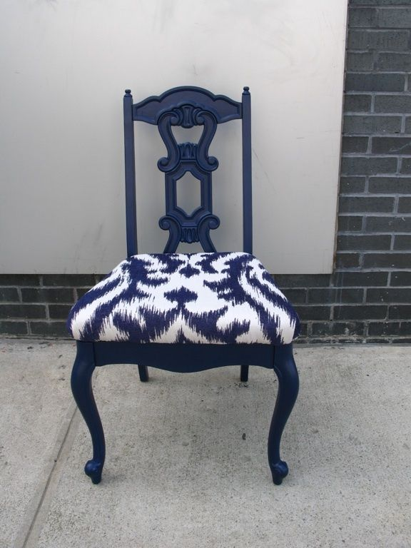 navy blue painted furniture  | Blue Ikat Benjamin Moore Old Navy 2063-10. Could paint the chairs navy ... Same idea with white chair and orange upholstered