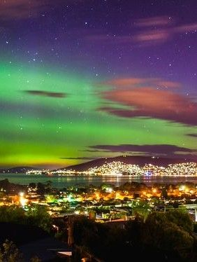 The skies of Southern Tasmania were lit up with a dazzling Aurora Australis
