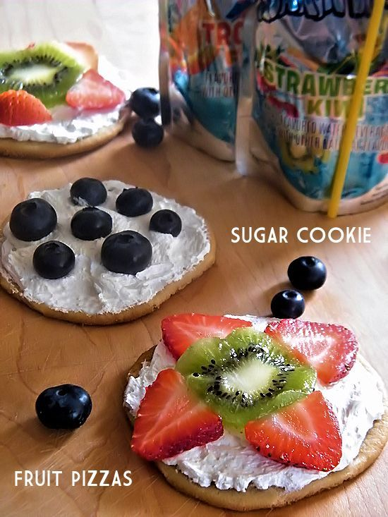 Take help from the store with these Sugar Cookie Fruit Pizzas #KidsChoiceDrink #ad