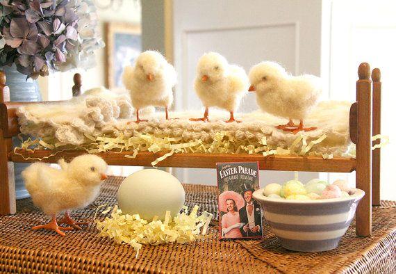 Needle Felt Easter Chick by BlueHeavenStudio on Etsy.: Easter Banners, Felt Chick, Easter Chick, Easter Spr, Easter Decor, Felt Stuff, Easter Pillows, Needle Felt Easter, Crafty Ideas